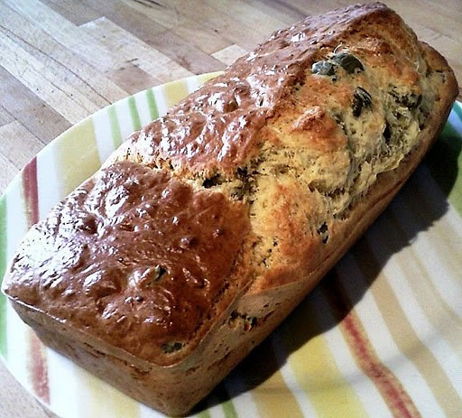 Cake aux olives vertes