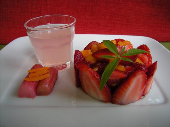 eau de rhubarbe à la verveine citronnelle