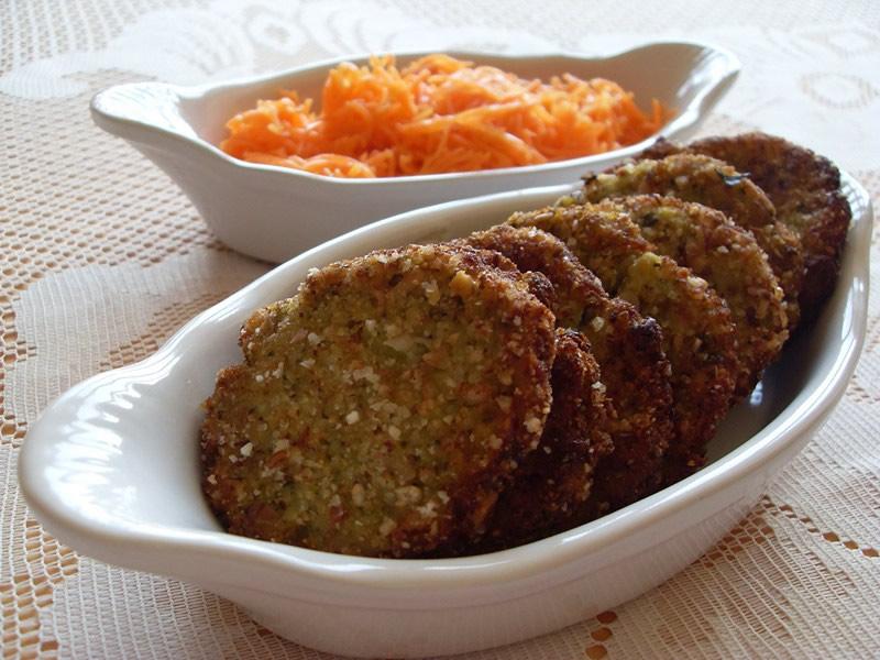 Galettes de pommes de terre, brocoli et noisettes (Vegan)