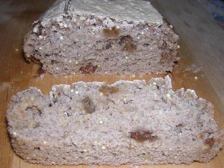 Pain quinoa raisin