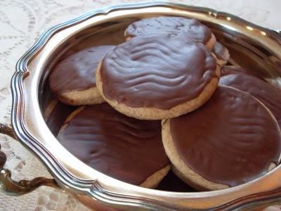 Sablés aux 5 céréales, nappés de chocolat au lait (Vegan)