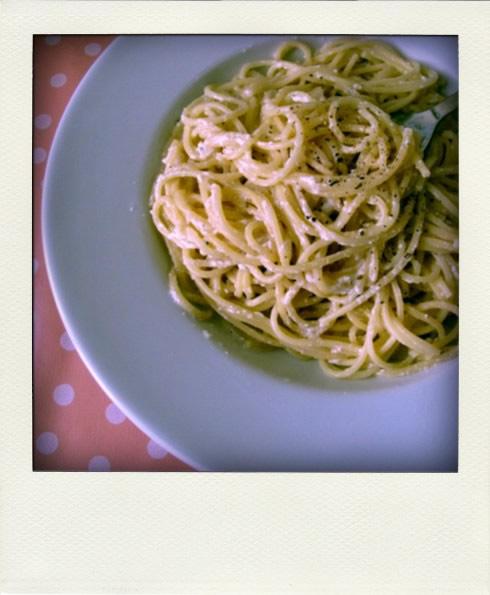 Spaghettis cacio e pepe