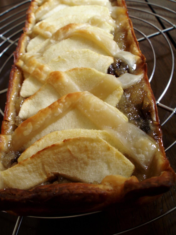 Tartelettes aux pommes et aux pruneaux